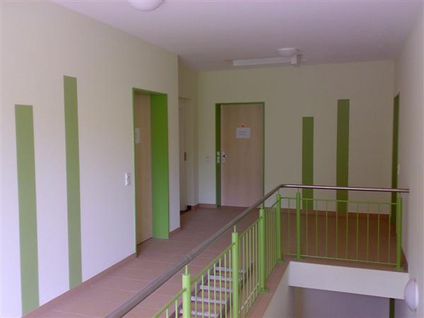 moderne treppenhausgestaltung interior design und m bel ideen. Black Bedroom Furniture Sets. Home Design Ideas